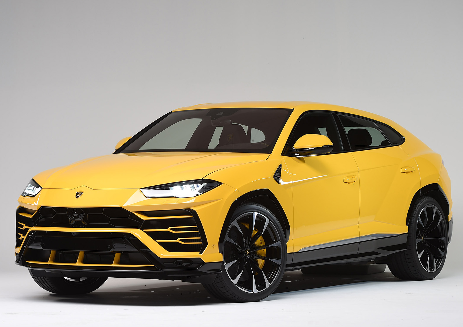 2020 Lamborghini Urus Reviews